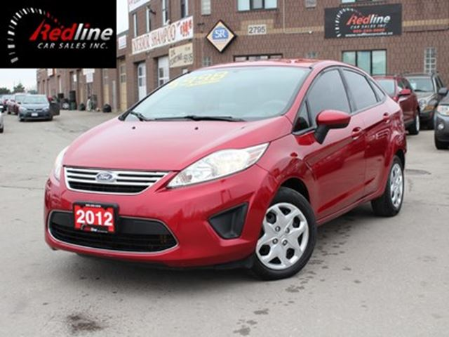 2012 Ford Fiesta SE SYNC Accident Free-Bluetooth-Auto in