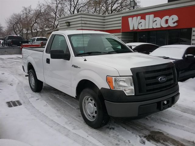 2012 Ford F-150  6.5-ft. Bed 2WD LOW KMS in