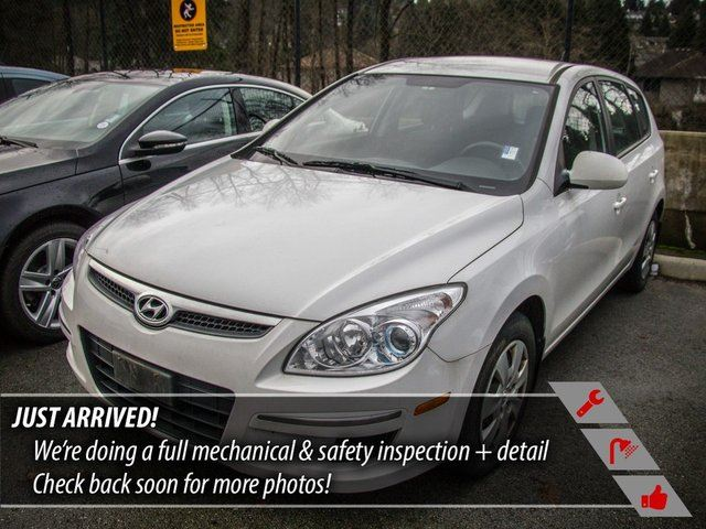 2011 HYUNDAI ELANTRA GLS in Port Moody, British Columbia