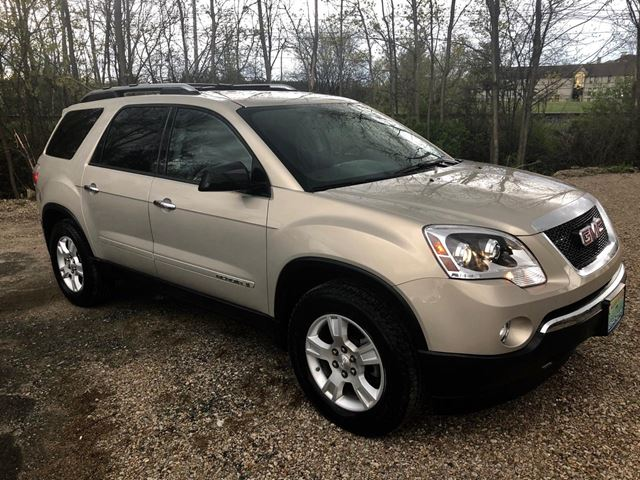 2008 GMC Acadia SLE 8 passenger ONLY 44683 km in