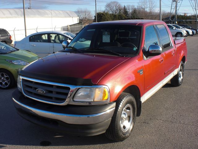 2002 FORD F-150 XLT in London, Ontario