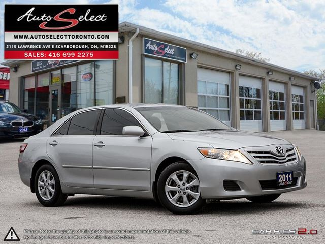 2011 TOYOTA Camry ONLY 33K! **NOT A MIS-PRINT** CLEAN CARPROOF in Scarborough, Ontario