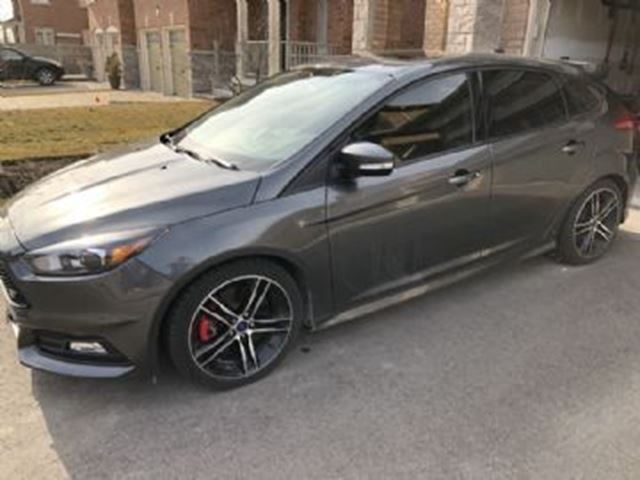 2017 FORD Focus ST 3 Package, Carbon Package in Mississauga, Ontario