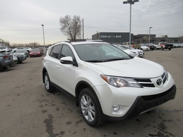 2015 TOYOTA RAV4 Limited NO ACCIDENTS CLEAN CARPROOF in Toronto, Ontario