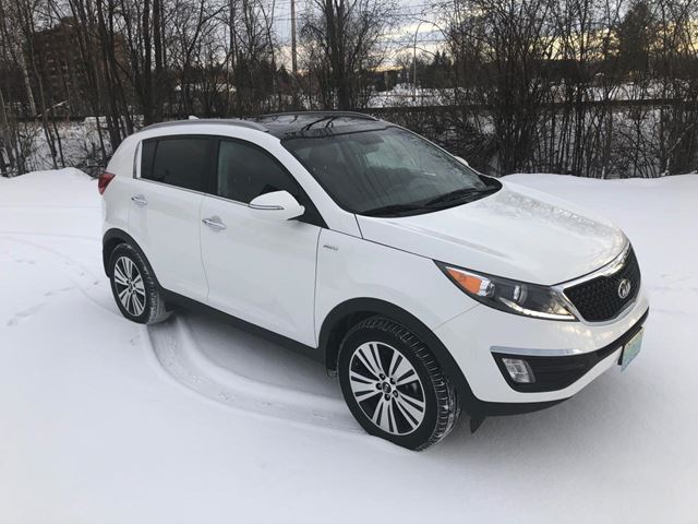 2014 Kia Sportage EX Luxury w/Nav ONLY 41300 km in