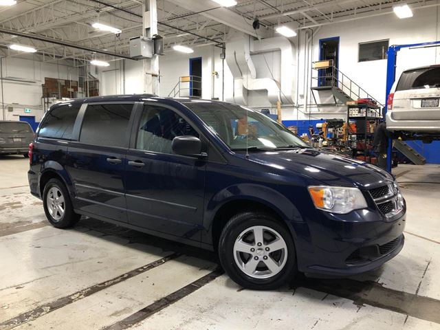 2013 DODGE Grand Caravan SE - Middle Row Power Windows in Aurora, Ontario