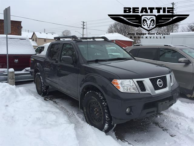 2015 Nissan Frontier PRO-4X NAV/ HEATED SEATS/ 2 TIRE PACKAGES in
