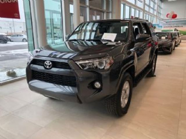 2019 TOYOTA 4Runner SR5 4X4 Manager's Special in Mississauga, Ontario