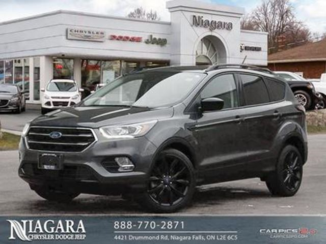 2018 FORD Escape SE   FWD   BLACKED OUT   BACKUP CAM   CLEAN! in Niagara Falls, Ontario
