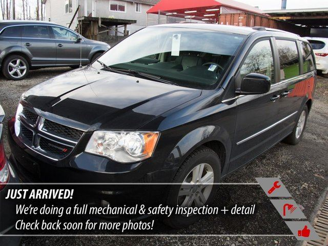 2015 DODGE Grand Caravan Crew in Port Moody, British Columbia