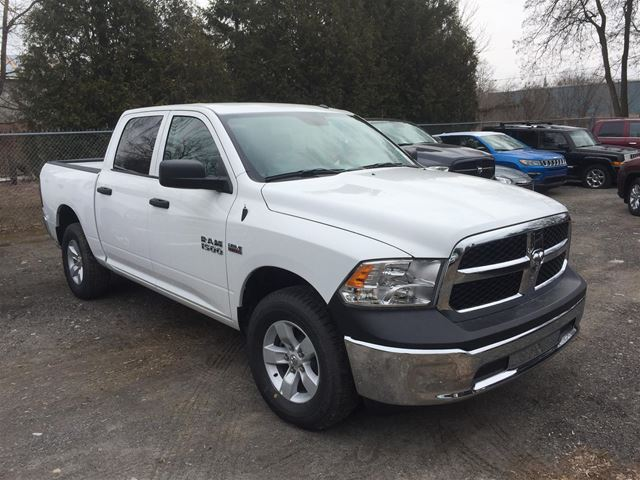 2018 Dodge RAM 1500 SXT 4X4/ BLUETOOTH/ CAMERA in