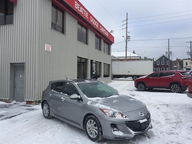 2012 Mazda MAZDA3 GS-SKY (A6) SUNROOF/ LEATHER HEATED SEATS in