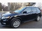 2018 Nissan Rogue AWD SV w/Moonroof in Mississauga, Ontario