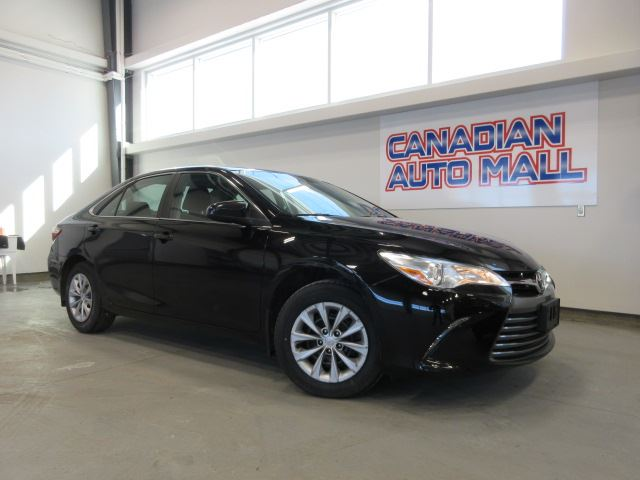 2017 Toyota Camry LE, A/C, BT, CAMERA, 69K! in