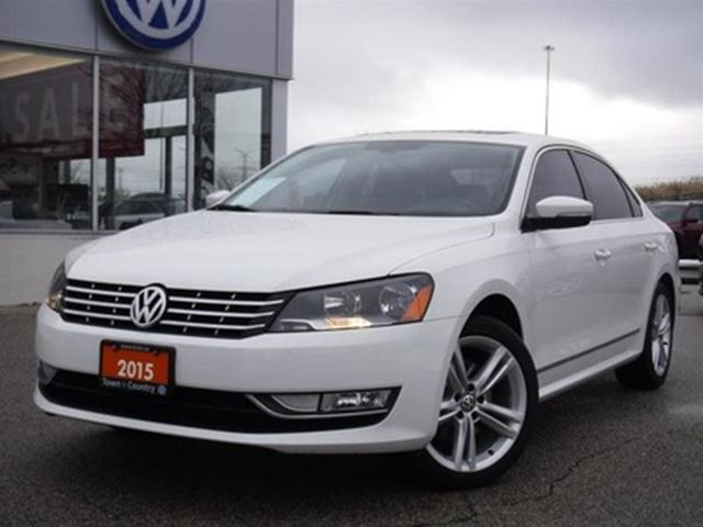2015 VOLKSWAGEN Passat Highline 1.8T 6sp at w/ Tip in Markham, Ontario