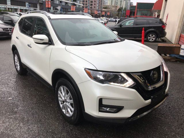 2018 Nissan Rogue           in