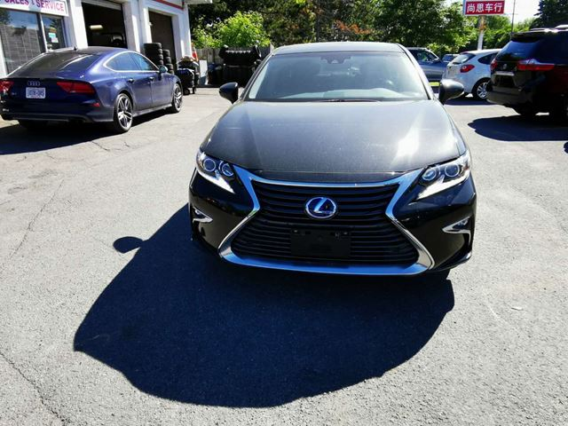 2016 LEXUS ES 300h FWD WITH EXECUTIVE PACKAGE in Ottawa, Ontario