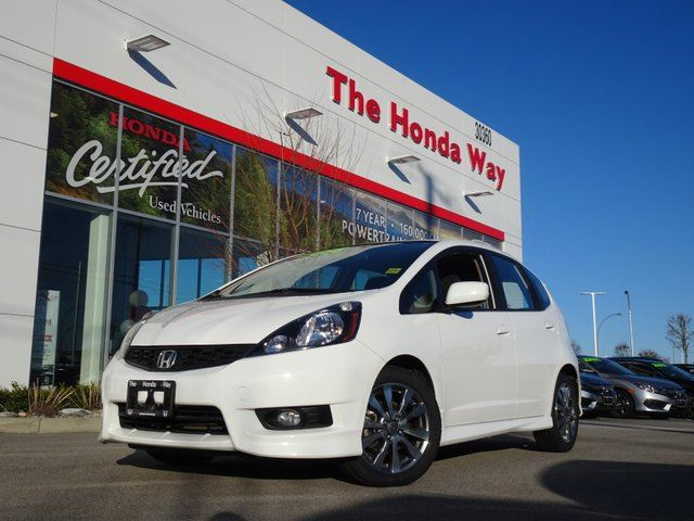 2014 Honda Fit Sport 5-Speed AT with Navigation Warranty until 2021/160,000km - BLUETOOTH, ALLOY WHEELS, FWD in