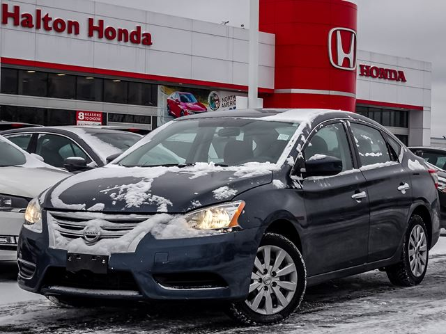 2015 NISSAN Sentra SNO ACCIDENTS in Burlington, Ontario