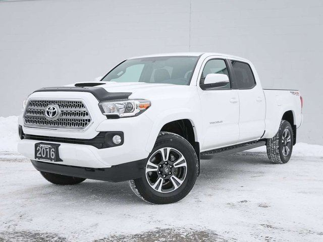 2016 Toyota Tacoma 4x4 Double Cab V6 SR5 6A in