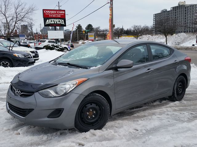 2012 HYUNDAI ELANTRA GL 6spd in Waterloo, Ontario