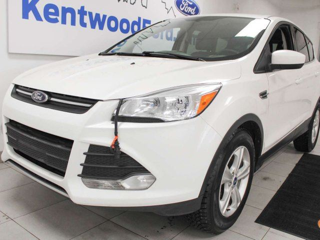 2013 FORD Escape SE FWD ecoboost, heated seats and keyless entry in Edmonton, Alberta