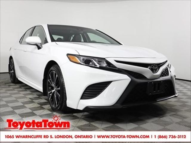 2018 TOYOTA CAMRY SE ENTUNE LEATHER BLIND SPOT MONITOR in London, Ontario
