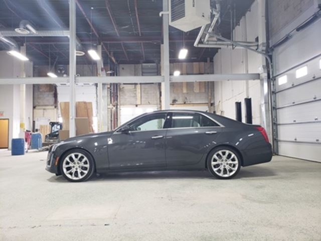 2014 CADILLAC CTS 3.6L Premium   AWD   NAV   LEATHER   PANO ROOF in London, Ontario
