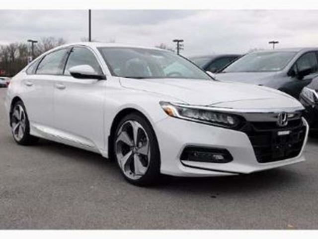 2018 HONDA ACCORD  TOURING w/Lease Guard in Mississauga, Ontario