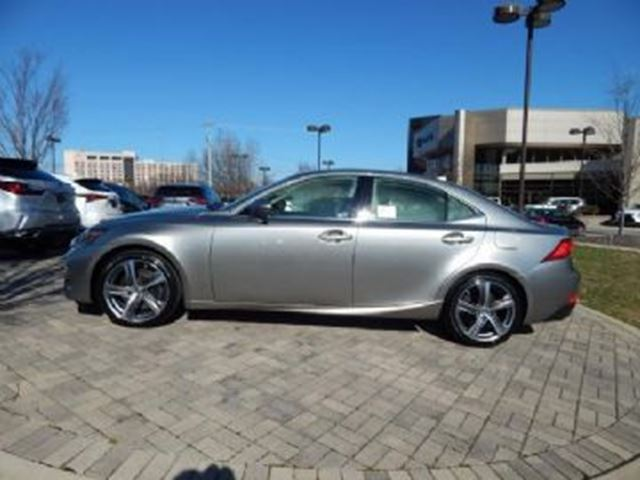 2018 LEXUS IS 300 AWD w/F Sport Series 1 in Mississauga, Ontario