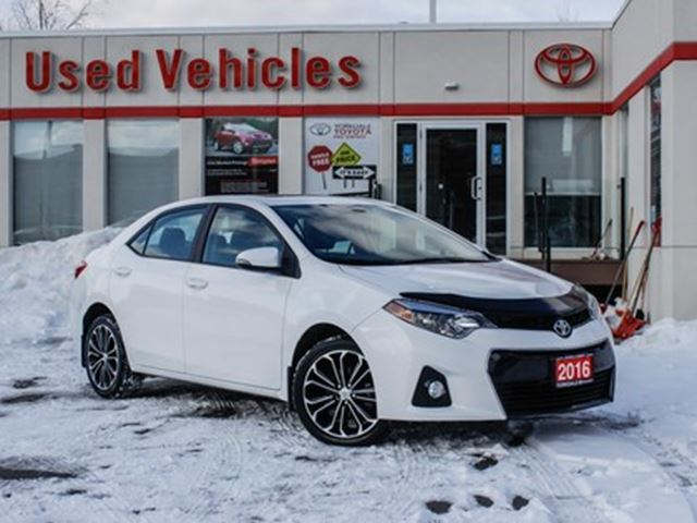 2015 Toyota Corolla S   Sunroof   Alloys   H.Seats   R.Cam   B.Tooth in