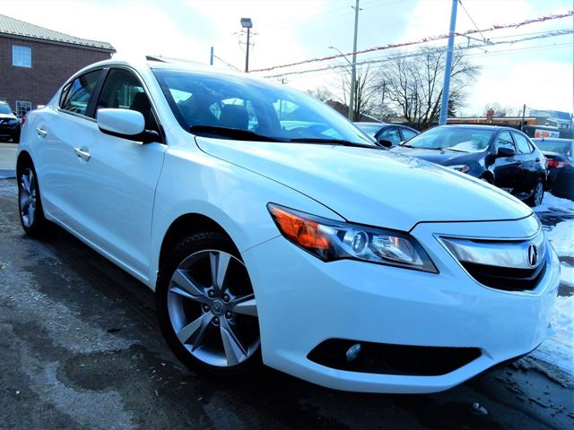 2013 ACURA ILX PREMIUM.LEATHER.ROOF.BACK UP CAM.BLUETOOTH.117KM in Kitchener, Ontario