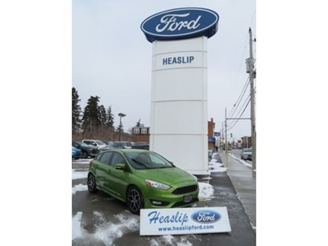 2018 Ford Focus SE 5 Door HB Low Km/One Owner in