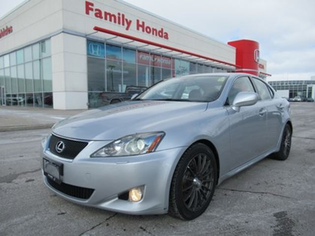 used 2008 lexus is 350 v-6 cy 2 sets of rims and tires! - brampton