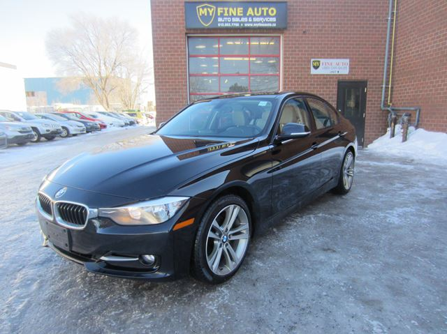 2014 BMW 3 Series 320i xDrive AWD / Sport Package / New Pirelli tire in Ottawa, Ontario