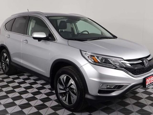 2015 HONDA CR-V TOURING w/SUNROOF, NAVIGATION, LANE DEPARTURE WARN in Huntsville, Ontario