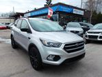 2017 Ford Escape SE LEATHER, NAV, PANORAMIC SUNROOF!!! in North Bay, Ontario