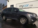 2014 Nissan Pathfinder SL LEATHER, NAV, HEATED SEATS!! in Kingston, Ontario