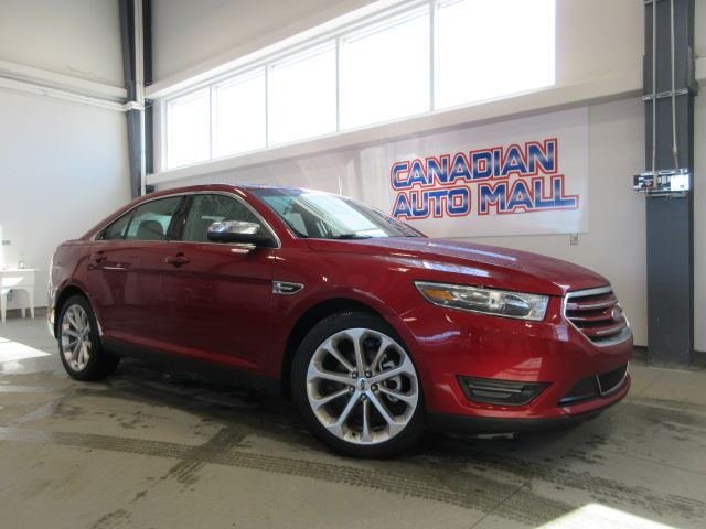 2018 Ford Taurus LIMITED AWD, NAV, ROOF, LEATHER, 18K! in