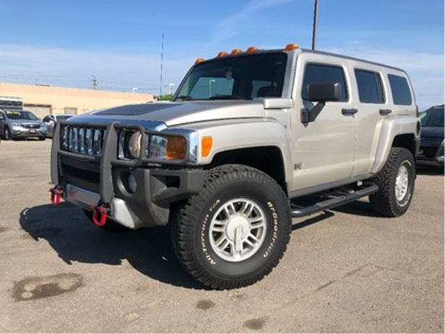 2008 HUMMER H3 4WD Moonroof Running Boards in St Catharines, Ontario