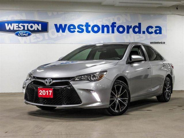 2017 TOYOTA Camry XLE Leather Sunroof Navigation in Toronto, Ontario