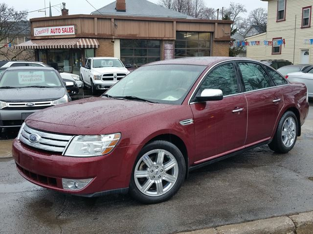 2008 FORD Taurus Limited in St Catharines, Ontario