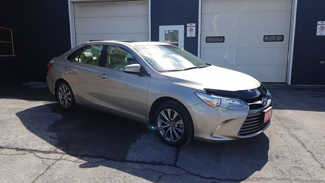 2015 Toyota Camry XLE in