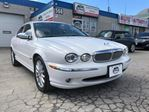 2007 Jaguar X-Type ACCIDENT FREE/LEATHER/SUNROOF/AWD/LOW KMS in Oakville, Ontario