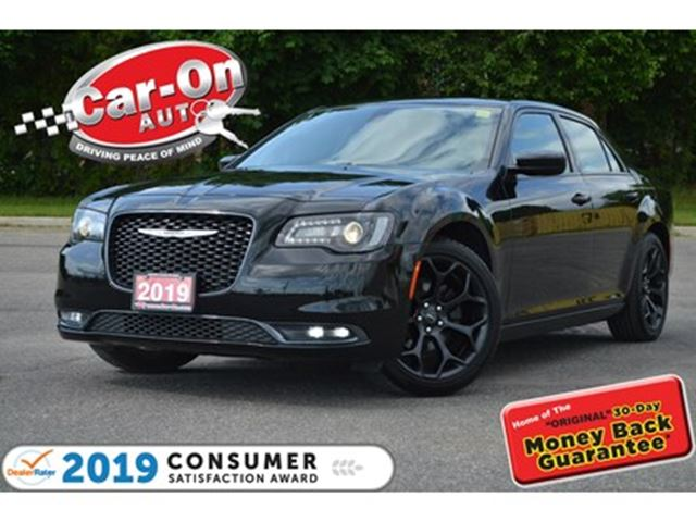 2019 CHRYSLER 300 S LEATHER REAR CAM HTD SEATS NAV READY LOADED in Ottawa, Ontario