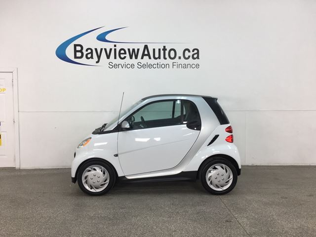 2015 SMART FORTWO Pure - 13,000KMS! AUTO! A/C! PWR GROUP! NAV! in Belleville, Ontario