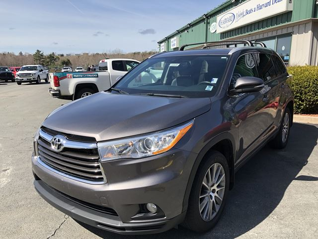 2015 Toyota Highlander XLE in