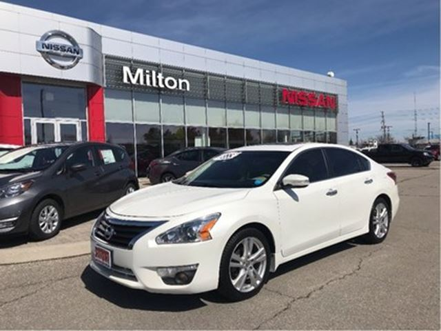 2013 NISSAN ALTIMA 3.5 SL LEATHER in Milton, Ontario