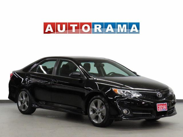 2014 TOYOTA CAMRY SE LEATHER SUNROOF BACKUP CAMERA FWD in North York, Ontario