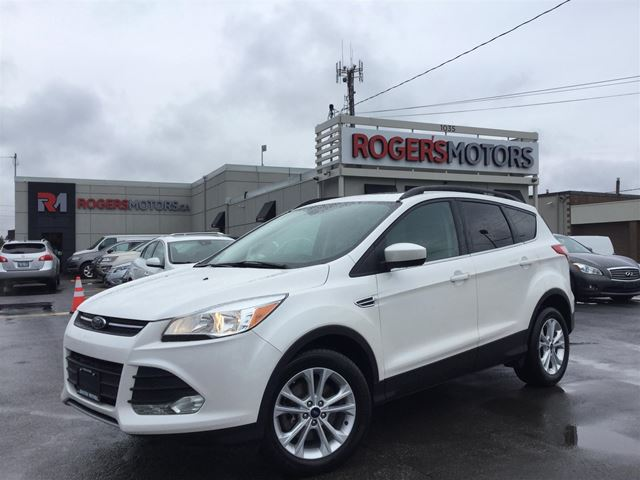 2015 Ford Escape SE 4WD - NAVI - PANO ROOF - REVERSE CAM in